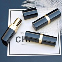 Vỏ chanel sọc to